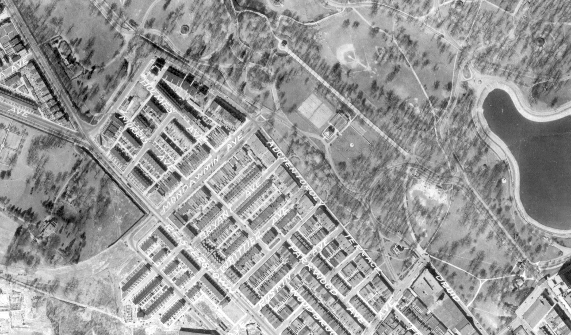 1927 Auchentoroly Terrace park pathways